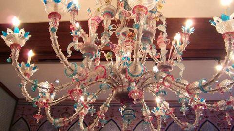 ヴェネチアンガラスのシャンデリア.jpg